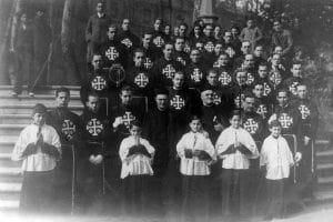 Photo de la fondation de la Confrérie de la Passion. 1941